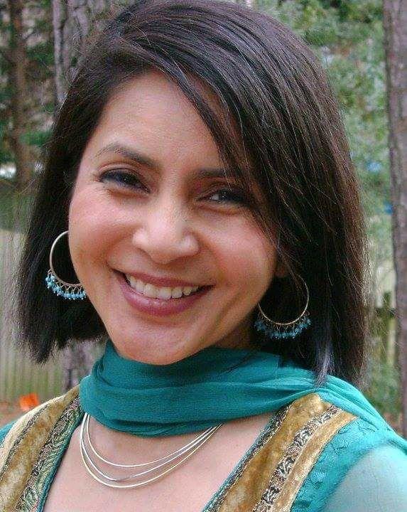 Dina Bangdel